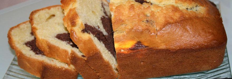 Gâteau marbré yaourt-chocolat