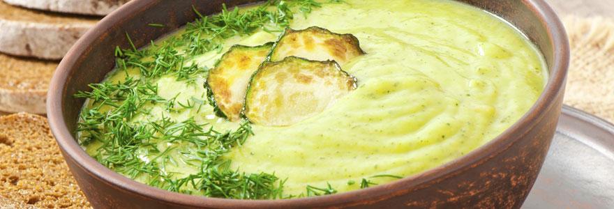 Soupe de courgettes légère